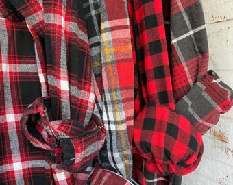 4 mismatched vintage flannel shirts, set of bridesmaid flannels, red and black plaids, XL extra large