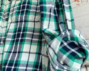 Medium vintage flannel shirt, white flannel with emerald and navy blue plaid, bride getting ready button down, MED