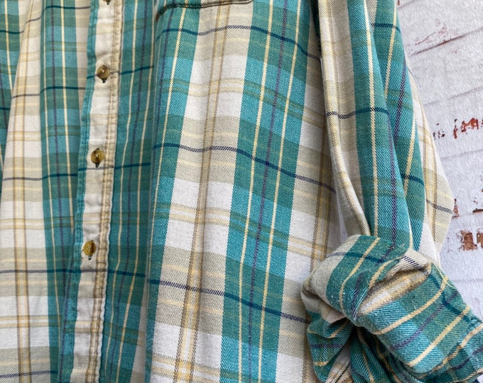 XL flannel shirt, vintage plaid, beige and aqua emerald, size extra large, bride flannels