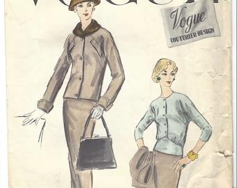 Vintage Vogue Couturier Design Pattern 932 - Box Jacket, Blouse & Skirt S16 1956 - Vintage Woven Label Included [PWAP-0158]