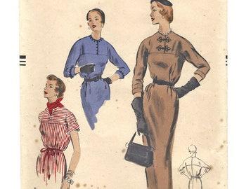 Vintage Pattern Vogue 8108 Dress S16 1953 [PWAP-0144]