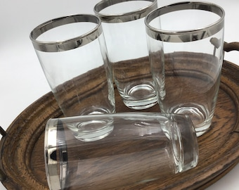 d33112f1dcd Eight Dorothy Thorpe Style Cocktail Glasses