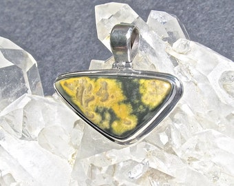39mm X 30mm X 24mm Vintage Bumble Bee Agate in .925 Sterling Silver Pendant-64.5 Cts