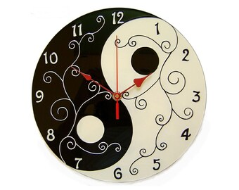 Yin Yang Black and White Wall Clock Oriental Decoration Hand Painted Modern Glass Clock Symbol Jin Jang Yin Yang Art Yoga Studio Decor
