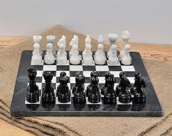 """Handcrafted solid Marble Chess Set, Black & White Size (Premium): 12"""" X 12"""" - Jeu d'échecs"""