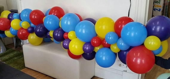 Balloon Garland Balloon Vine Balloon Decorations D I Y Balloon Decorating Kit Wiggles Wiggles Party Diy Balloon Garland Kit