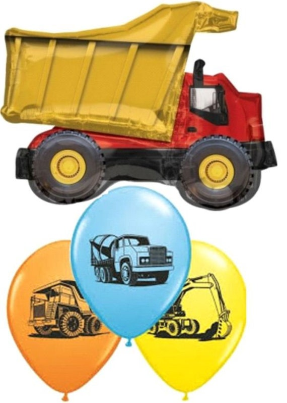 Construction Party Table DecorationsConstruction Party 3-D Centerpiece3-D Dump Truck Construction Centerpiece