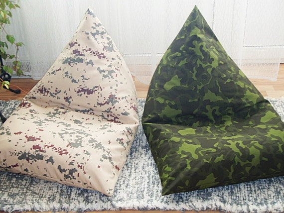 Pyramid pillow | Etsy