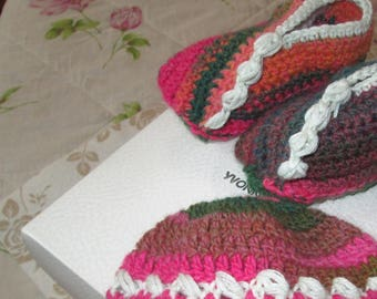 set neonata cappellino con scarpine 31a6b0d996ea
