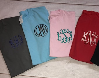 Monogrammed,Monogram,Monogrammed Shirt,Bridesmaid Gifts,Personalized Gift,Gift for her,Personalized,Wedding Gift,Monogram T Shirt,Embroidery