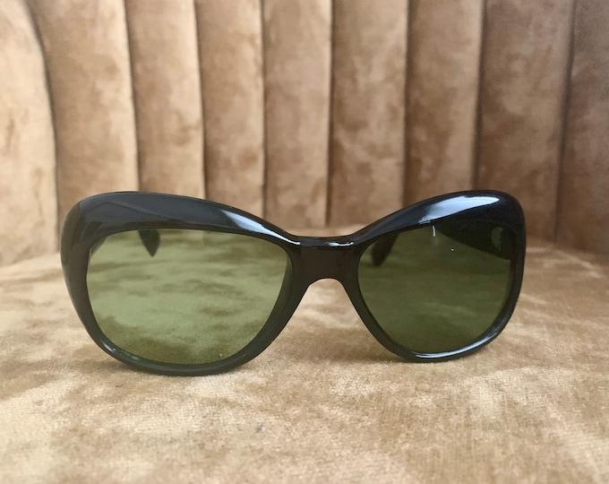 Vintage 60's Black Green Lens Sunglasses