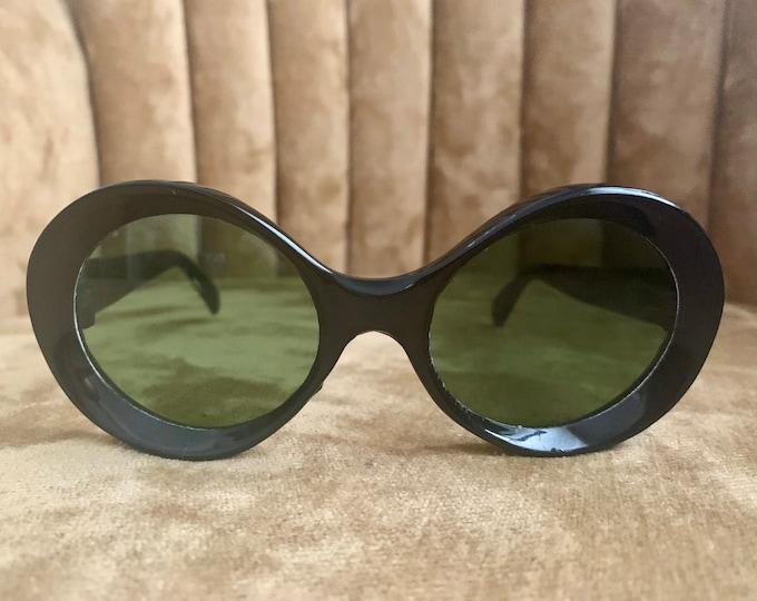 Vintage 60's Black Circular Green Lens Sunglasses