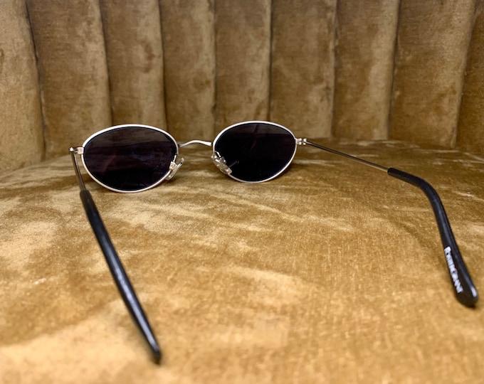 Vintage 90's Foster Grant Gold Rimmed Sunglasses
