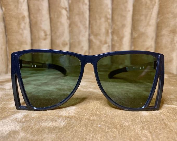 Vintage 80's Black Green Lens Geometric Sunglasses