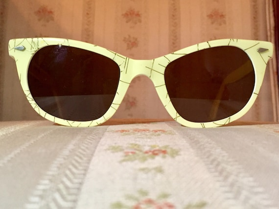 Vintage 60's Golden Accent American Optical Cosmetan Cateye Sunglasses
