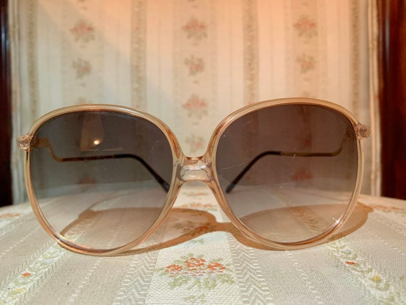 Vintage 70's Clear Rose Drop Arm Sunglasses