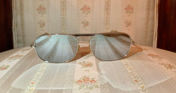 Vintage 80's Silver Wide Framed Mirrored Aviator … - image 3