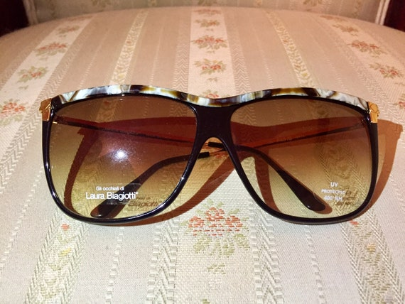 Vintage 80's Laura Biagiotti Marble and Gold NOS Sunglasses