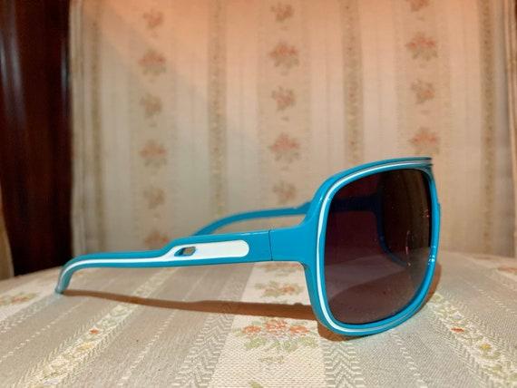 Vintage 80's Turquoise Aviator Sunglasses - image 3