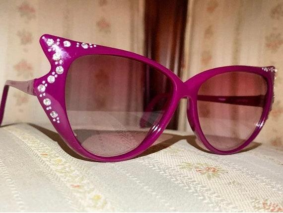 Vintage 70's Rhinestone Maroon/Fuschia Avante Garde Cateye Sunglasses