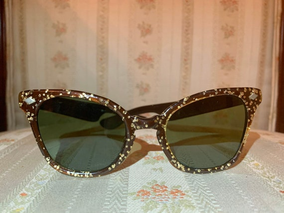 Vintage 60's Brown and Gold Speckled Cateye Sunglasses