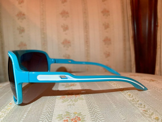 Vintage 80's Turquoise Aviator Sunglasses - image 7
