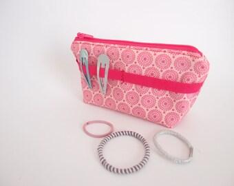 Trousse à barrettes et élastiques à cheveux – Rose motifs géométriques - etui / pochette à barettes