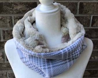 The COMFY COZY Reversible Cowl   Faux Fur   Fleece   Unisex - Grey and White Plaid w/Cream/Olive/Lavender