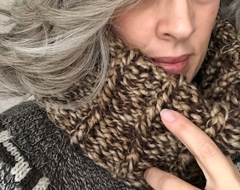 The GANANOQUE Cowl (Adult Size) *CUSTOMIZE IT*