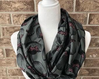 Black Tulip Pattern Infinity Scarf
