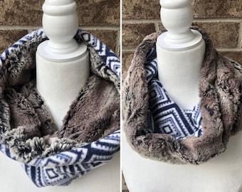 The COMFY COZY Reversible Cowl   Faux Fur   Fleece   Unisex - Blue Geometric w/Brown