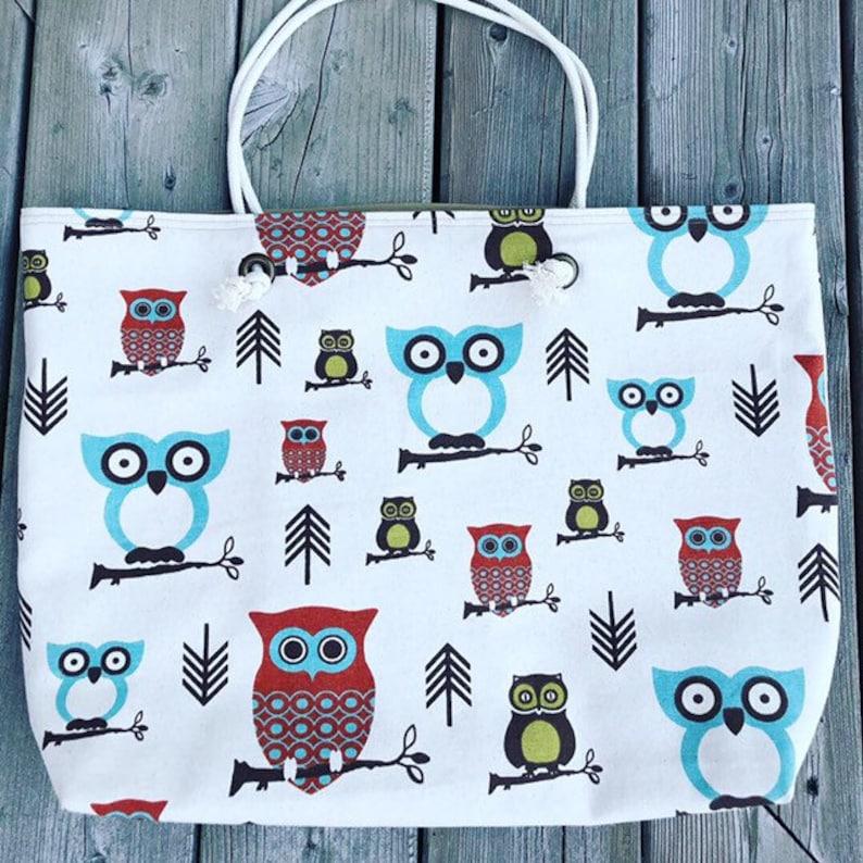The WEEKENDER Bag Beach Tote Owl Pattern Canvas