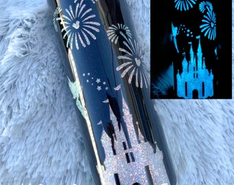 Castle inspired glitter tumbler, floating mouse head tumbler, glitter tumbler, Christmas tumbler, vacation tumbler, glitter cups, tumblers