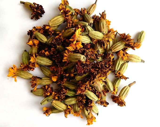 Marigold dried flowers