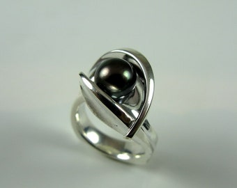 Black Pearl Galaxy Ring