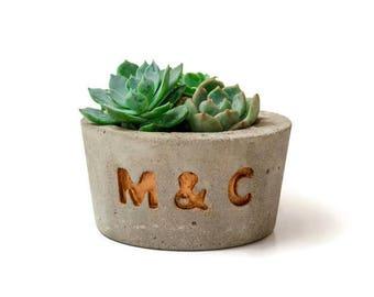 Custom concrete planter, Concrete Planter with Initials, Concrete planter, Gift idea, Wedding favor, Wedding planter, Succulent Planter