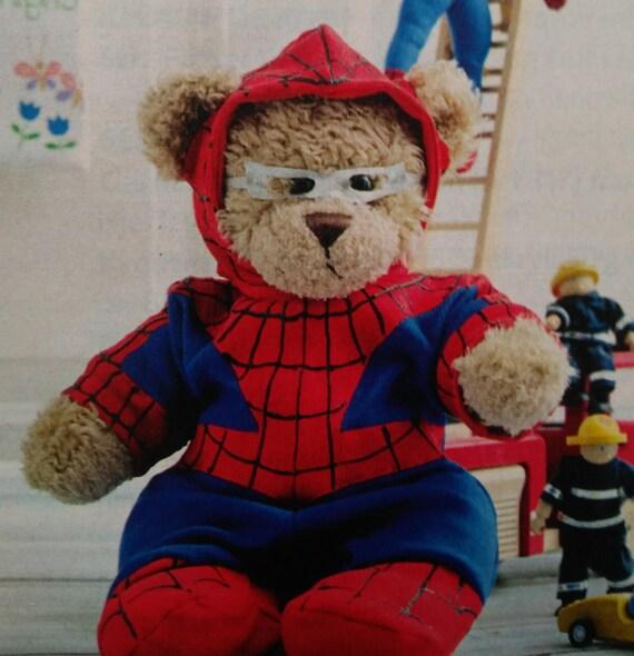 DIY Halloween Spiderman Kostüm für bauen ein Bär
