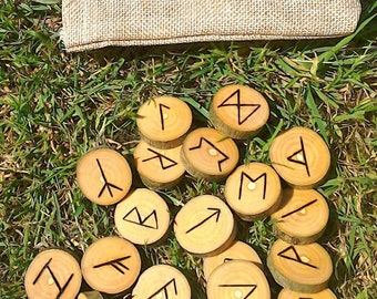 Tree of life Ash Elder Futhark pyrographed 25 runes + bag. Handmade, unique  elder futhark viking norse ash runes pagan divination large