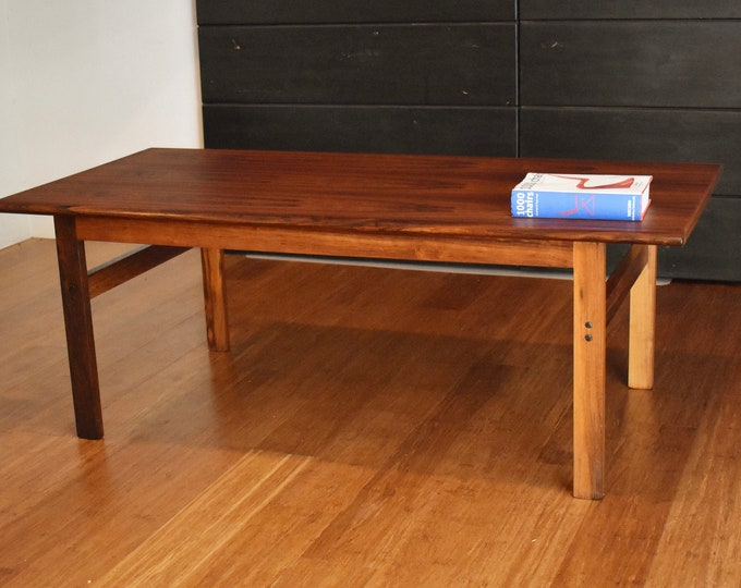 Newly-restored Danish rosewood coffee table by Illum Wikkelso (Capella)