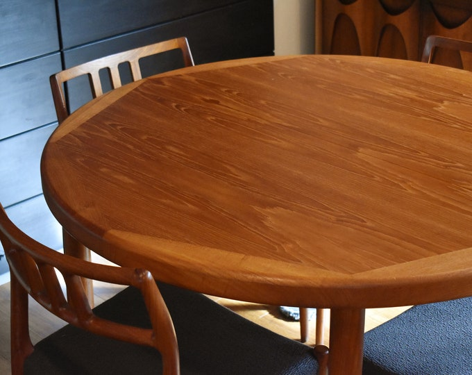 """Danish teak round-to-oval expandable dining table - 47"""" to 86.5"""""""