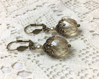 Victorian floral transparant champagne antiqued brass classic dangle earrings