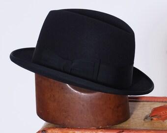 4facfc55c7c Vintage black fedora   Champ felt fedora   men s vintage fedora size 7    1970s Champ hat