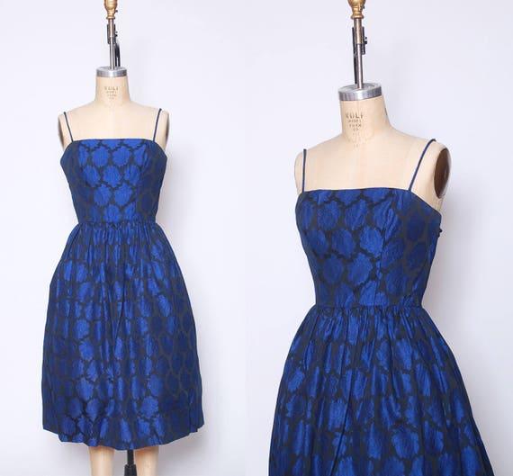 Vintage 50s blue rose dress / floral cocktail dres