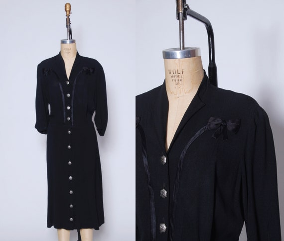 Vintage 40s button down shirt dress / 1940s dress