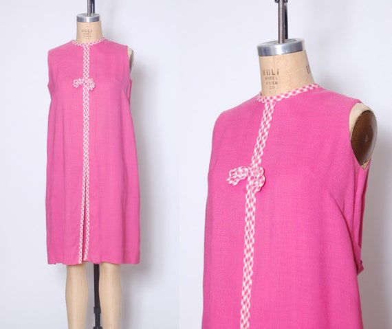 Vintage 60s pink gingham dress / 1960s shift dress
