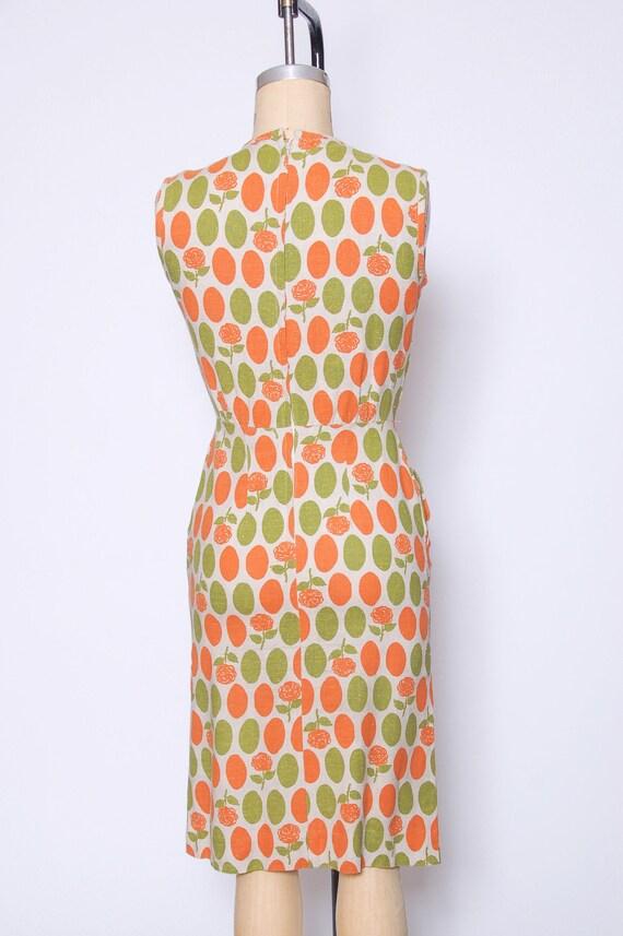 Vintage 40s linen wiggle dress / polka dot dress … - image 5