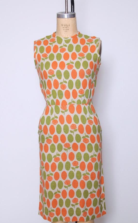 Vintage 40s linen wiggle dress / polka dot dress … - image 2