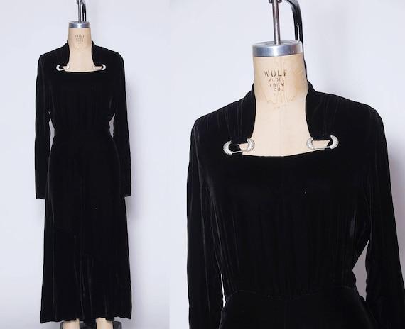 Vintage 40s black velvet dress / silk velvet dress