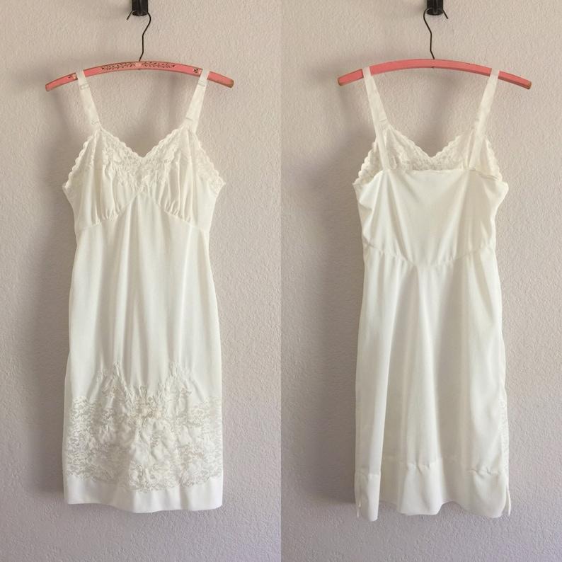 36c84a8161514 Vintage Slip Lingerie White Full Slip Retro Embroidered Embellished Lace  Nylon Slip Dress Size 32 Bust Vintage Nightie 1950s 1960s