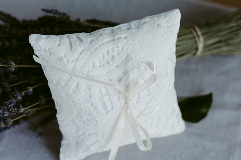 Ring boy cushion, Ring bearer pillow Ivory Floral Lace Ring Cushion